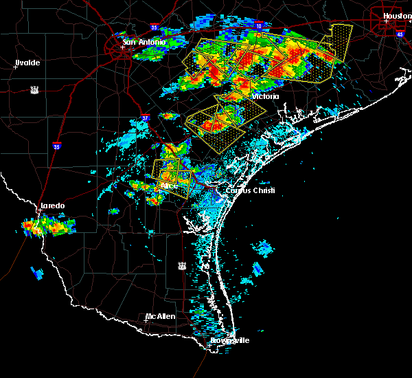 Radar Image for Severe Thunderstorms near Corpus Christi, TX at 6/6/2019 6:29 PM CDT