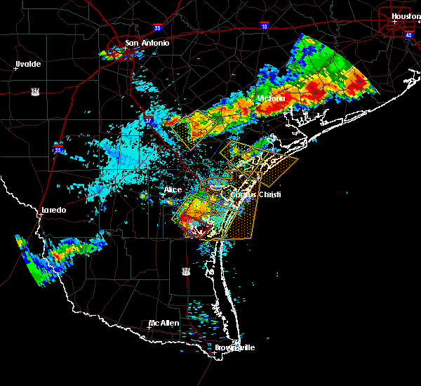 Radar Image for Severe Thunderstorms near Corpus Christi, TX at 6/6/2019 7:42 PM CDT