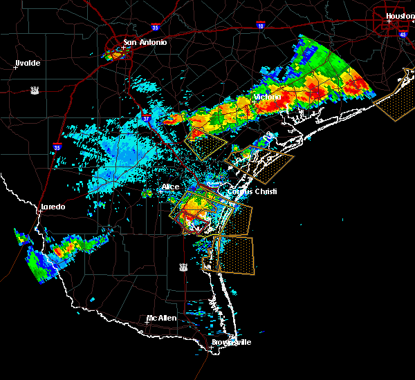 Radar Image for Severe Thunderstorms near Beeville, TX at 6/6/2019 7:48 PM CDT