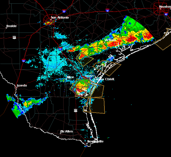 Radar Image for Severe Thunderstorms near Kingsville, TX at 6/6/2019 7:52 PM CDT