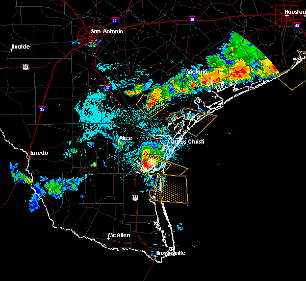 Radar Image for Severe Thunderstorms near Skidmore, TX at 6/6/2019 8:06 PM CDT