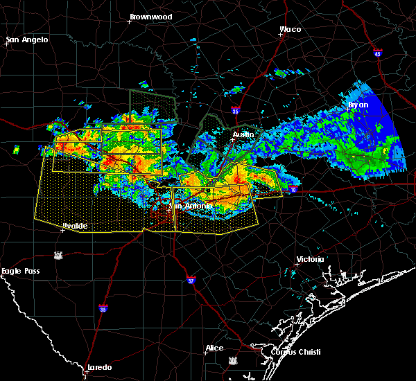 Radar Image for Severe Thunderstorms near Alamo Heights, TX at 6/9/2019 8:38 PM CDT