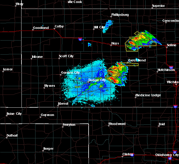 Radar Image for Severe Thunderstorms near Great Bend, KS at 6/11/2019 7:27 PM CDT