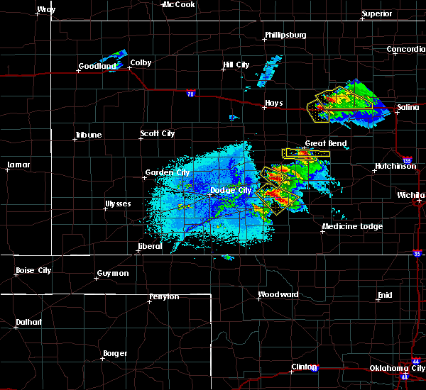 Radar Image for Severe Thunderstorms near Great Bend, KS at 6/11/2019 7:46 PM CDT