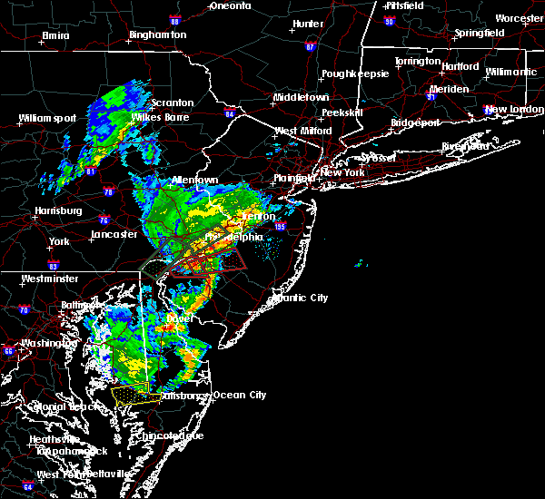 Radar Image for Severe Thunderstorms near Oak Valley, NJ at 6/13/2019 8:29 PM EDT