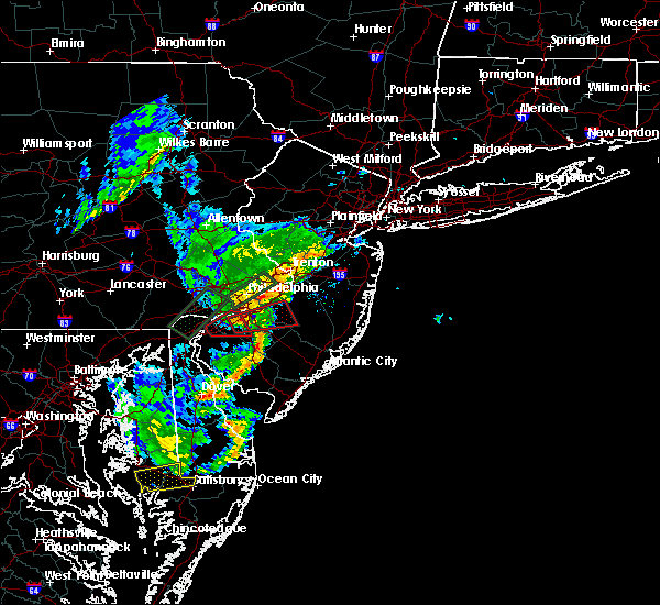 Radar Image for Severe Thunderstorms near Oak Valley, NJ at 6/13/2019 8:30 PM EDT
