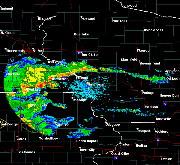 Radar Image for Severe Thunderstorms near Racine, MN at 6/15/2019 4:03 PM CDT