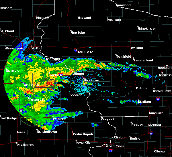 Radar Image for Severe Thunderstorms near Wykoff, MN at 6/15/2019 4:53 PM CDT
