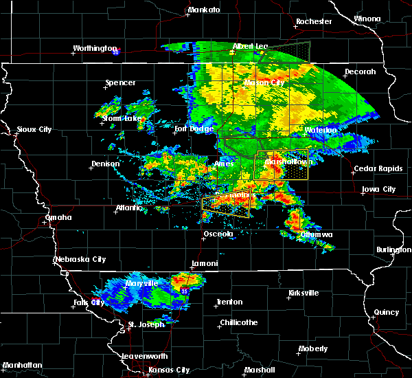 Radar Image for Severe Thunderstorms near Swan, IA at 6/15/2019 5:54 PM CDT