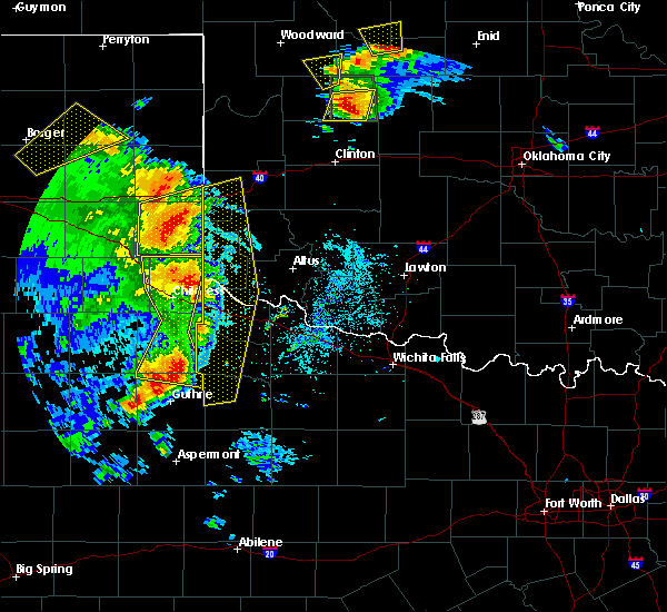 Radar Image for Severe Thunderstorms near Childress, TX at 6/15/2019 8:22 PM CDT