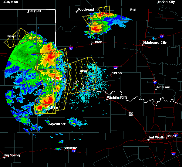 Radar Image for Severe Thunderstorms near Childress, TX at 6/15/2019 8:29 PM CDT