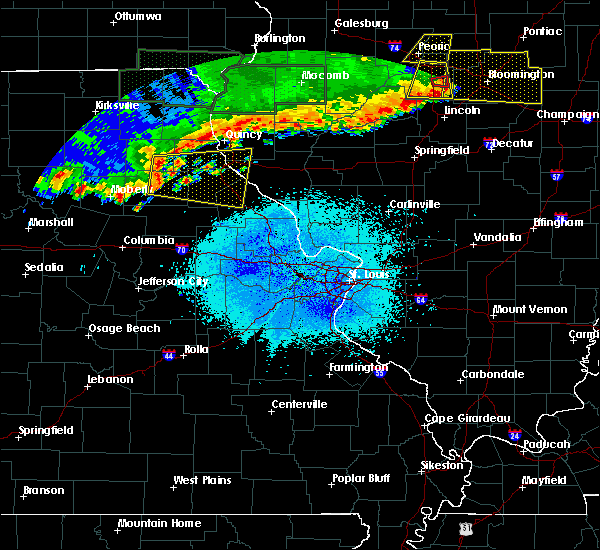 Radar Image for Severe Thunderstorms near Bowling Green, MO at 6/15/2019 10:46 PM CDT