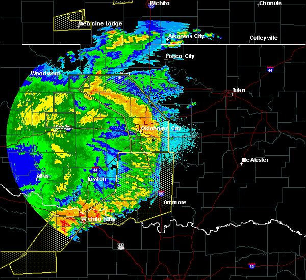 Radar Image for Severe Thunderstorms near Jones, OK at 6/15/2019 11:41 PM CDT