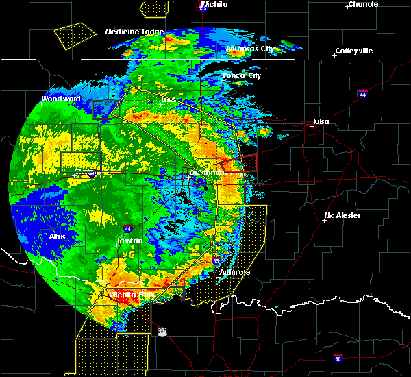Radar Image for Severe Thunderstorms near Prague, OK at 6/16/2019 12:08 AM CDT
