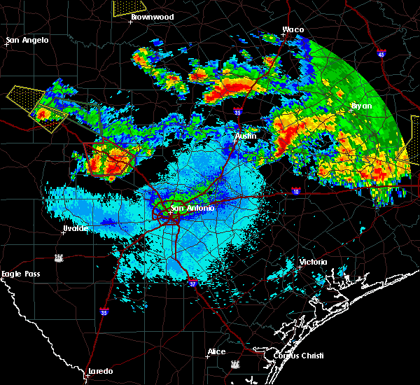 Radar Image for Severe Thunderstorms near Lake Medina Shores, TX at 6/16/2019 10:46 PM CDT
