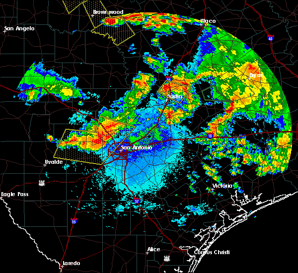 Radar Image for Severe Thunderstorms near Lake Medina Shores, TX at 6/17/2019 12:05 AM CDT
