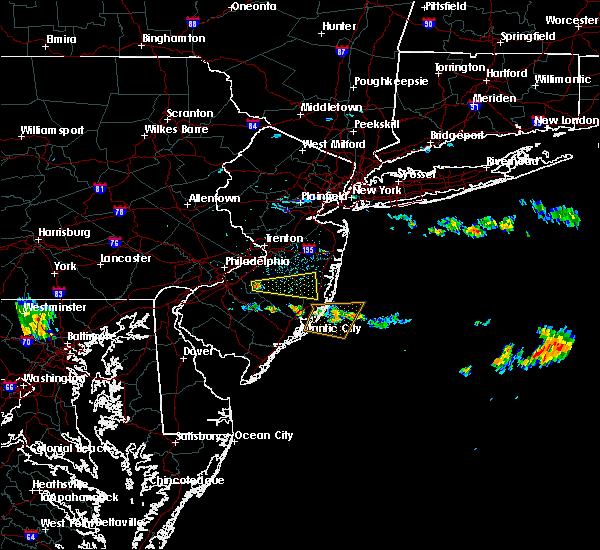 Radar Image for Severe Thunderstorms near Leisuretowne, NJ at 6/17/2019 2:38 AM EDT