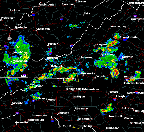 Radar Image for Severe Thunderstorms near Flat Rock, NC at 6/17/2019 4:50 PM EDT