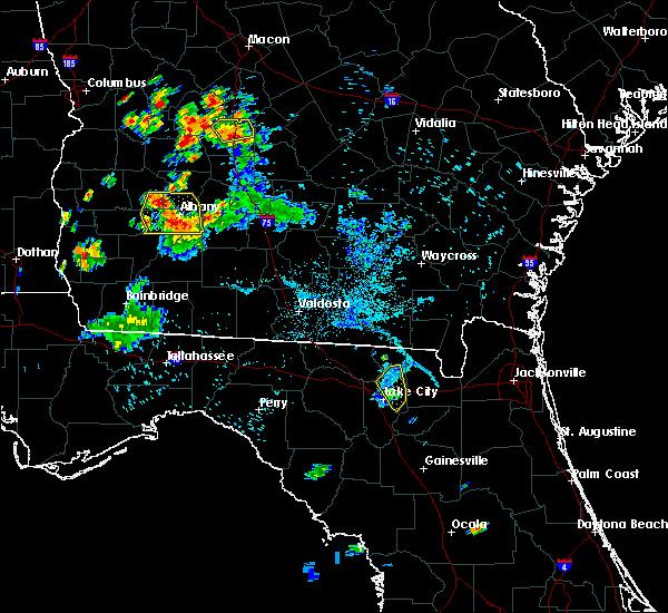 Radar Image for Severe Thunderstorms near Lake City, FL at 6/17/2015 8:25 PM EDT