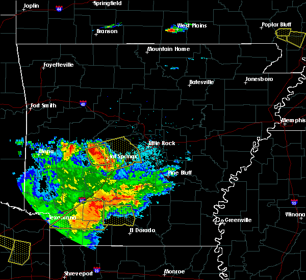 Radar Image for Severe Thunderstorms near Salem, AR at 6/19/2019 8:29 PM CDT