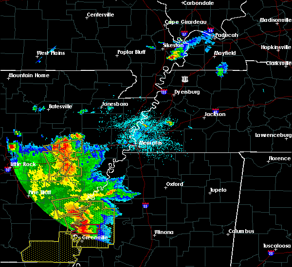 Radar Image for Severe Thunderstorms near Memphis, TN at 6/19/2019 10:35 PM CDT