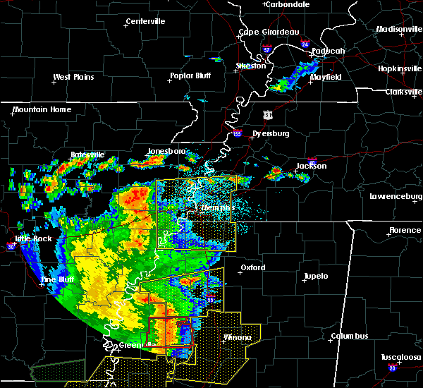 Radar Image for Severe Thunderstorms near West Memphis, AR at 6/19/2019 11:18 PM CDT