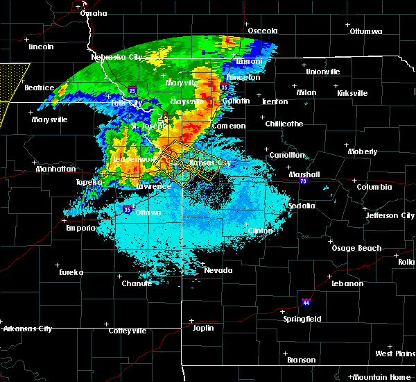 Radar Image for Severe Thunderstorms near Lenexa, KS at 6/21/2019 6:56 AM CDT