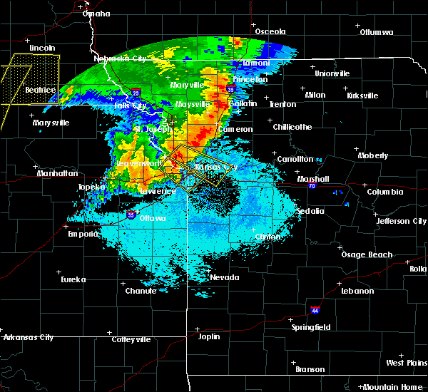 Radar Image for Severe Thunderstorms near Edwardsville, KS at 6/21/2019 7:02 AM CDT