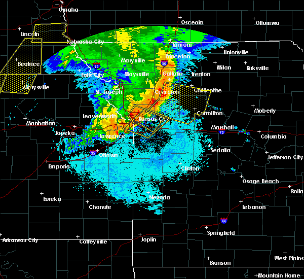 Radar Image for Severe Thunderstorms near North Kansas City, MO at 6/21/2019 7:21 AM CDT