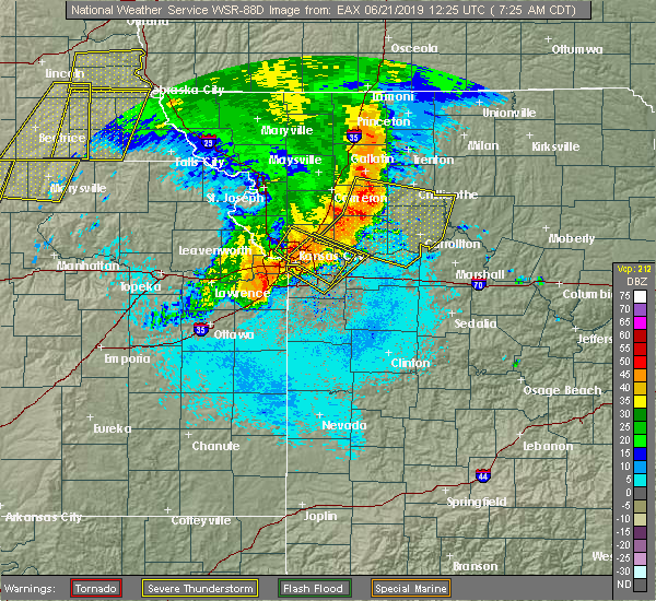 Radar Image for Severe Thunderstorms near North Kansas City, MO at 6/21/2019 7:27 AM CDT