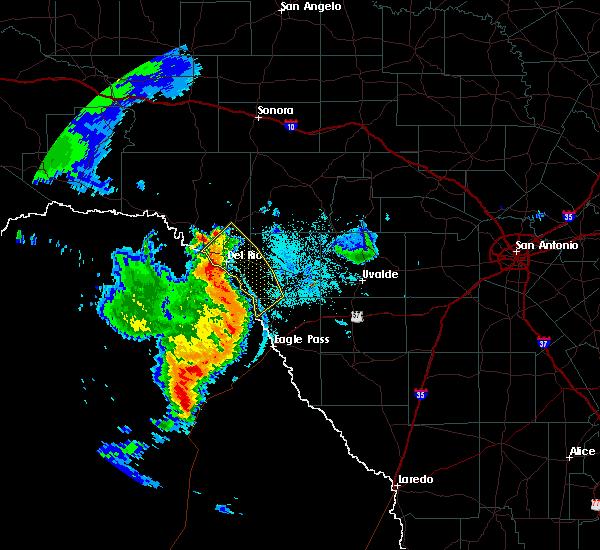 Radar Image for Severe Thunderstorms near Del Rio, TX at 6/21/2019 9:21 PM CDT