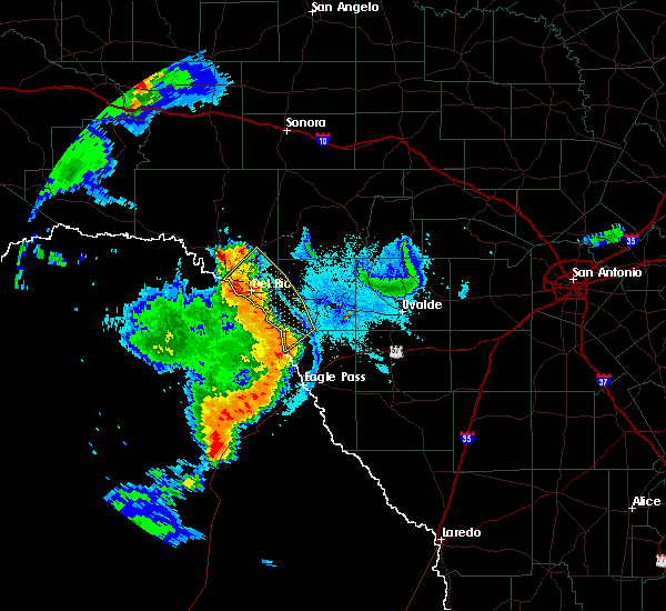 Radar Image for Severe Thunderstorms near Del Rio, TX at 6/21/2019 9:37 PM CDT