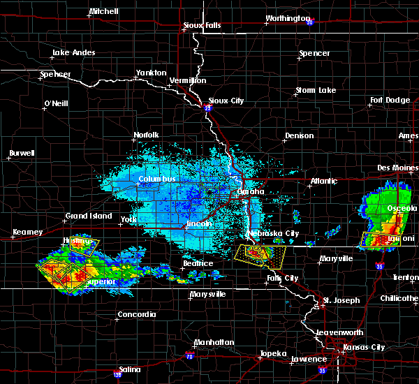 Radar Image for Severe Thunderstorms near Peru, NE at 6/25/2019 6:39 PM CDT