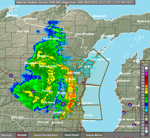 Radar Image for Severe Thunderstorms near Manitowoc, WI at 6/27/2019 5:22 PM CDT