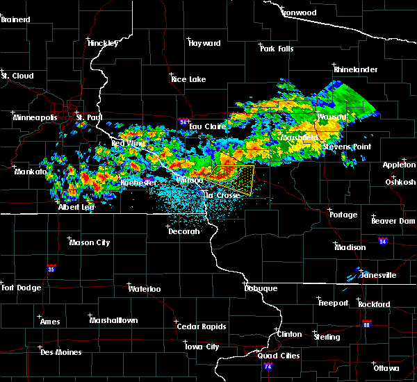 Radar Image for Severe Thunderstorms near Cataract, WI at 6/28/2019 12:21 AM CDT
