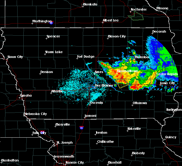 Radar Image for Severe Thunderstorms near Grinnell, IA at 6/28/2019 9:25 AM CDT