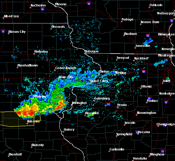 Radar Image for Severe Thunderstorms near New London, IA at 6/28/2019 12:23 PM CDT