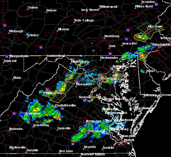 Radar Image for Severe Thunderstorms near Chester Gap, VA at 6/28/2019 6:10 PM EDT