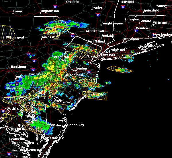 Radar Image for Severe Thunderstorms near Clayton, NJ at 6/29/2019 4:31 PM EDT