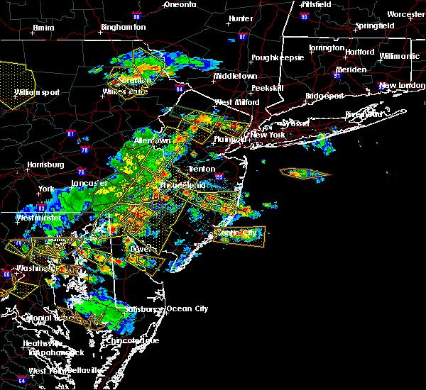 Radar Image for Severe Thunderstorms near Upper Stewartsville, NJ at 6/29/2019 4:39 PM EDT