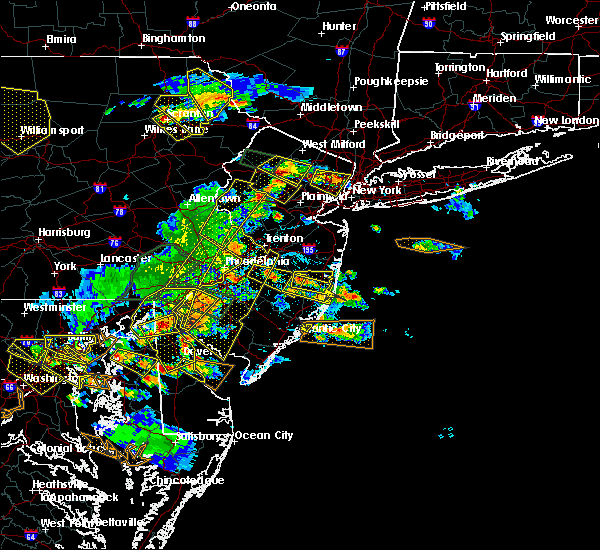 Radar Image for Severe Thunderstorms near Wrightstown, NJ at 6/29/2019 4:43 PM EDT