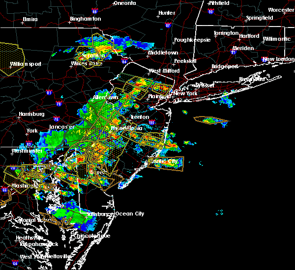 Radar Image for Severe Thunderstorms near Silver Ridge, NJ at 6/29/2019 4:42 PM EDT