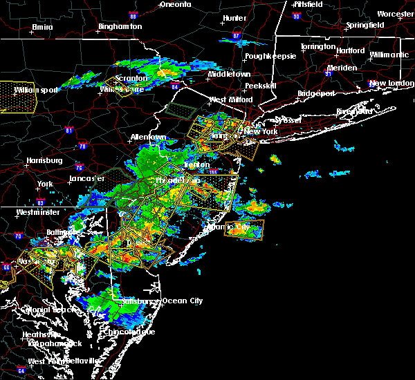 Radar Image for Severe Thunderstorms near Wrightstown, NJ at 6/29/2019 5:09 PM EDT