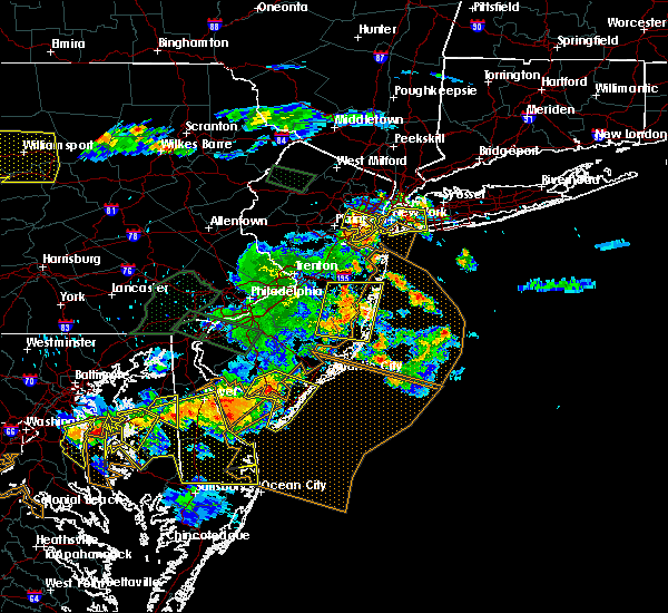 Radar Image for Severe Thunderstorms near Englishtown, NJ at 6/29/2019 5:35 PM EDT