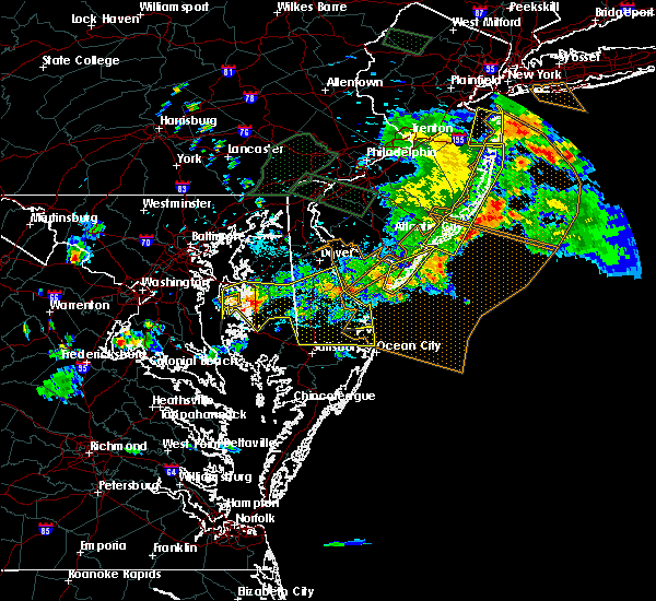 Radar Image for Severe Thunderstorms near Sea Isle City, NJ at 6/29/2019 6:04 PM EDT