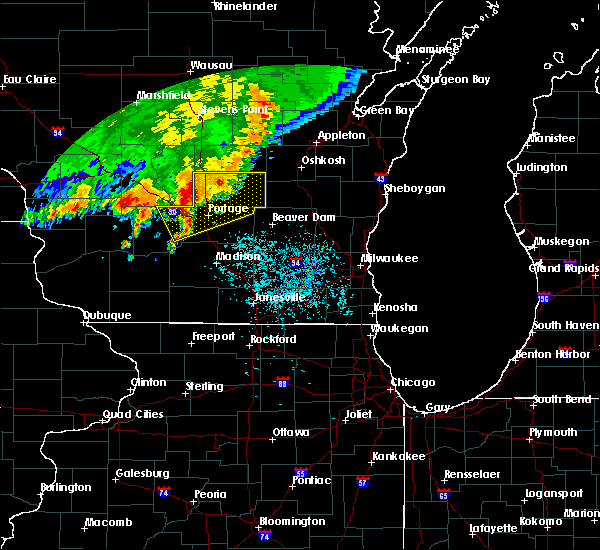 Radar Image for Severe Thunderstorms near Cambria, WI at 6/30/2019 10:33 AM CDT