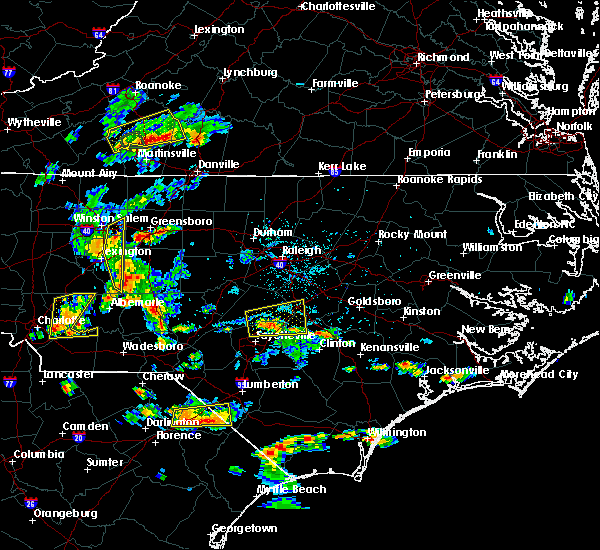 Radar Image for Severe Thunderstorms near Fayetteville, NC at 6/19/2015 6:03 PM EDT