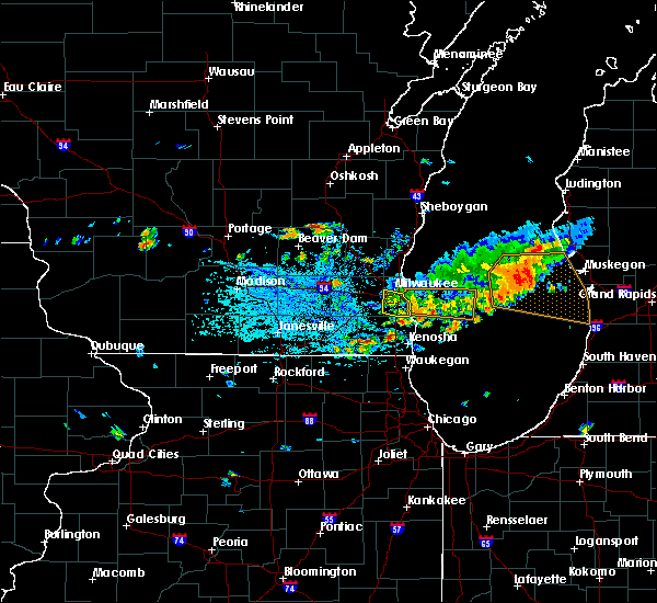 Radar Image for Severe Thunderstorms near West Allis, WI at 7/2/2019 4:53 PM CDT