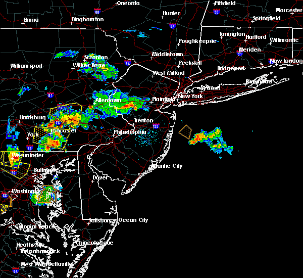 Radar Image for Severe Thunderstorms near Heathcote, NJ at 7/2/2019 7:06 PM EDT