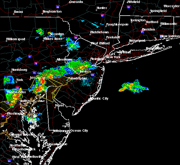 Radar Image for Severe Thunderstorms near Heathcote, NJ at 7/2/2019 7:33 PM EDT